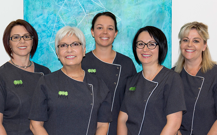 https://parksidedental.com.au/wp-content/uploads/2015/12/hyg.jpg